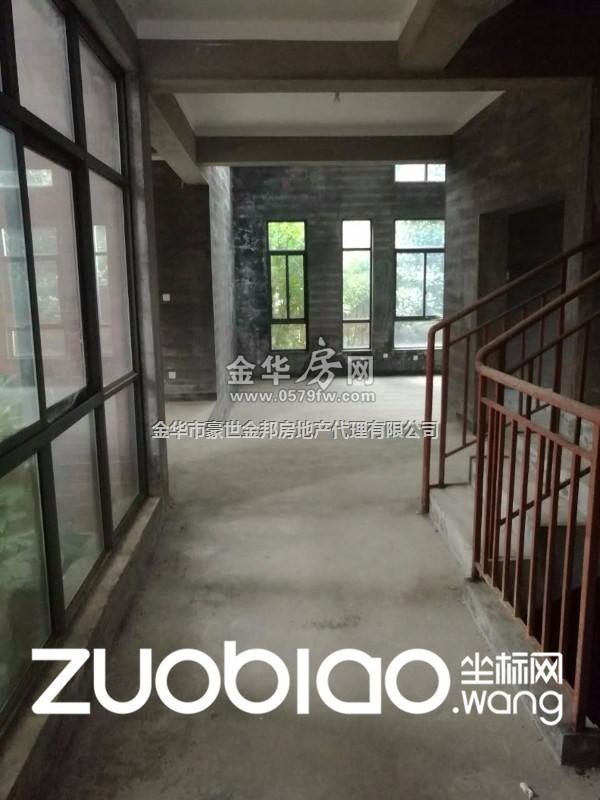 金义都市 傅村联排(天)售价215万