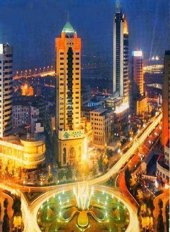 义乌 通信市场 店面 21万年租金 35平 主街道