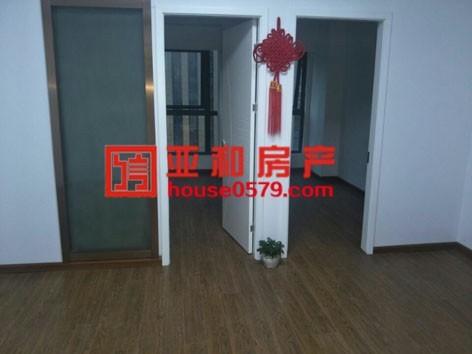 【万达公寓】62平两室小户型,精装修,首付仅需26万