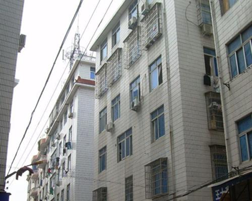 文化市场2间9层有地下室占地116�O年租金40万左右已出让
