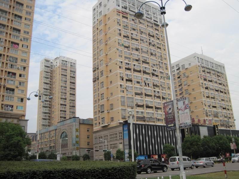 稠江经贝家园精装修楼中楼使用276平看房晚上方便