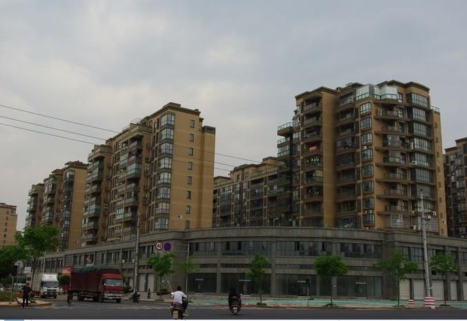 后宅城北商业中心南北通透毛坯房位置佳环境好出入方便