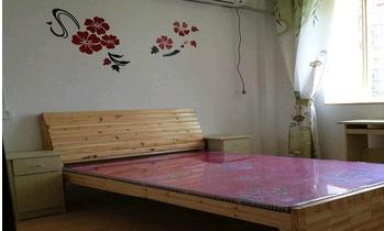 稠江现代公寓对面 1室1厅50平米 精装修 火热出租