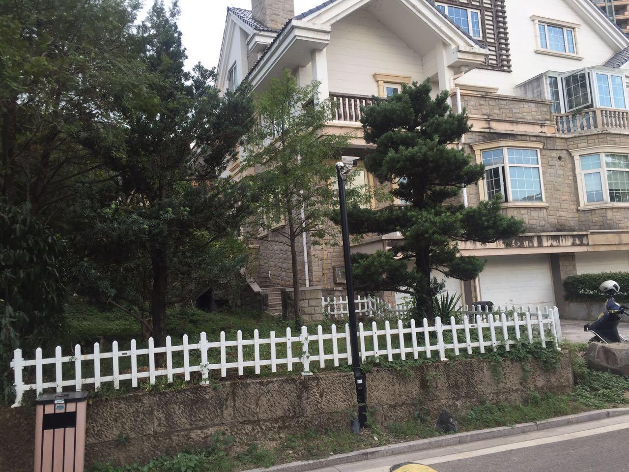 紫荆一期双拼别墅  花园一亩