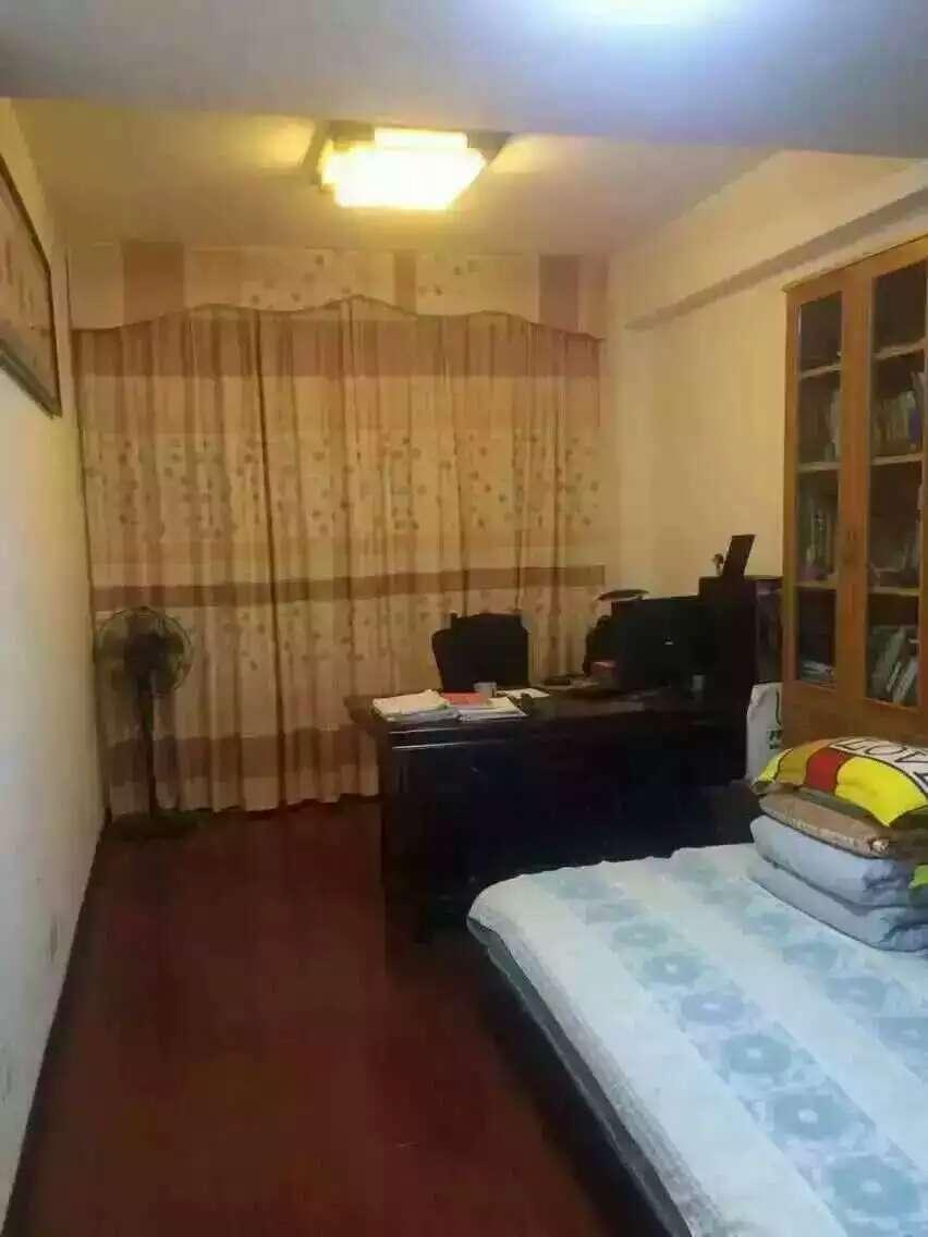 白金公寓58平138万诚售 城南中学江滨小学位置楼层好