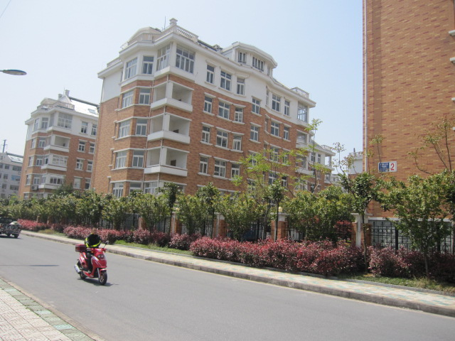 北苑丹阳街新房带电梯双学区房出行方便