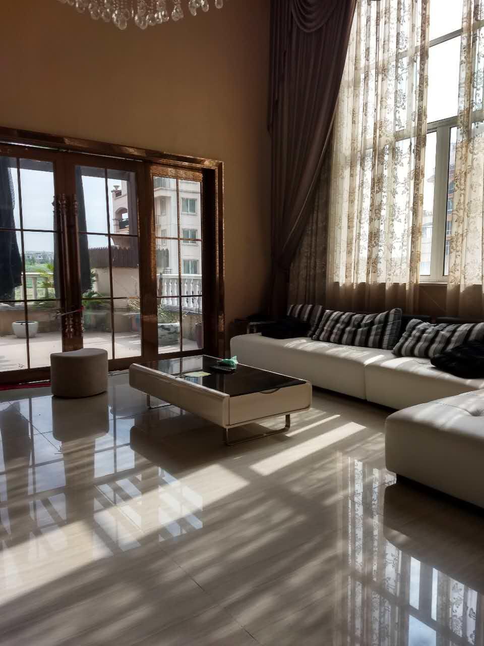 紫竹苑,600多平超大面积让您住得舒心的好房源!
