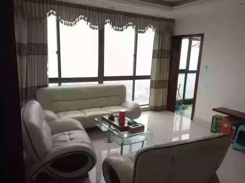 词林小区98平+9平200万诚售 宾王中小学宾王幼儿园三学区