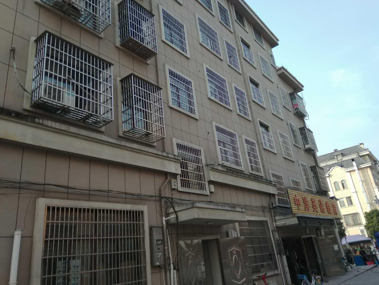 义乌市区稠州北路垂直房租40万一年,占地90位置好!动作慢的