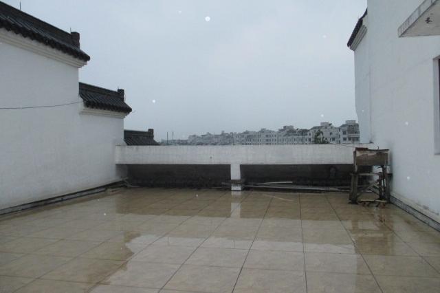 佛堂古镇旅游度假区 垂直房 2间4层 房子新 边套 证齐全