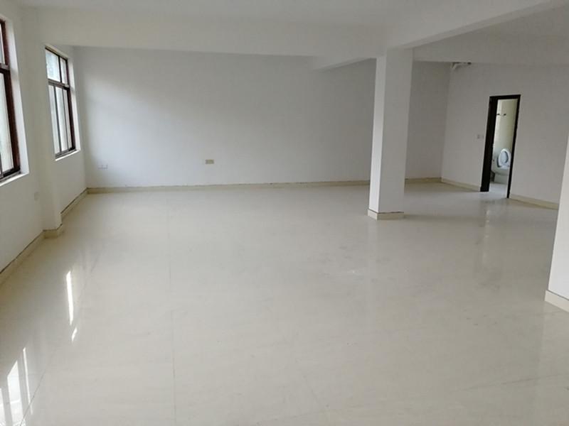 塘坞出租仓库两层(每层三间120平方米)