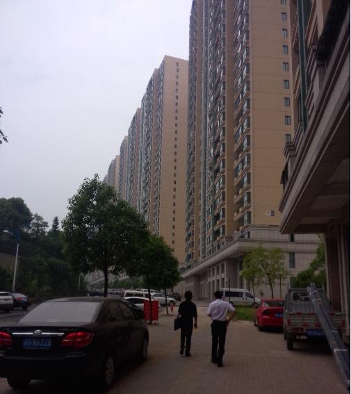 紫荆公寓106平O户型楼层好85万