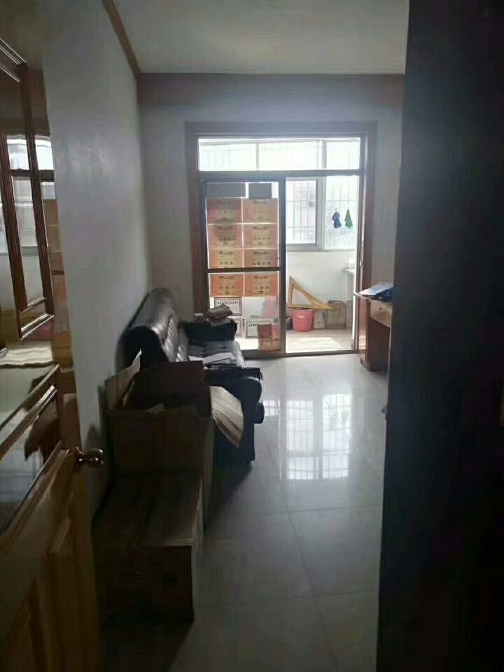 桥东二区5楼加6楼确权170平使用240平超大露台江东中学