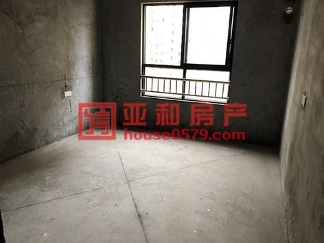 【河畔家园】高楼层144平三室带车位 产证齐全已出让
