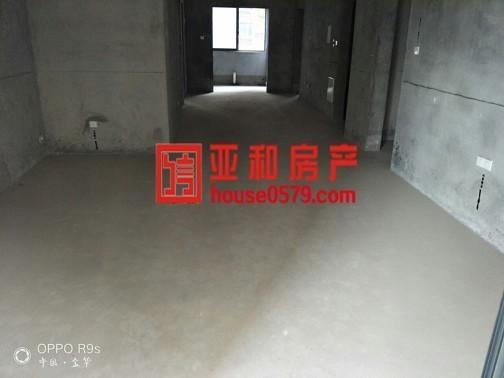 【 亚和】河畔家园黄金楼层143平295万,绣湖中学