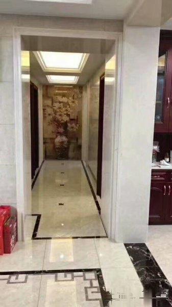 五爱 顶楼楼中楼带露台 使用160平电梯房 精装修拎包入住