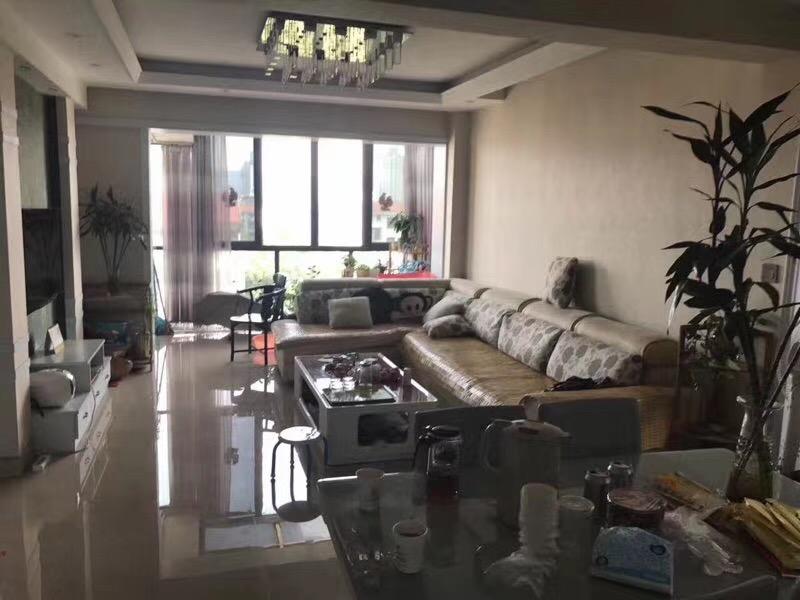 阳光公馆110平精装视野好宾王中小学区房主诚心出售