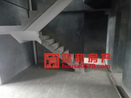 【义乌二手房】金城二期顶楼楼中楼带露台 确权220平 带车库