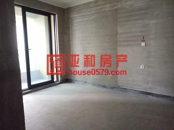 【绿城玫瑰园】毛坯新房 确权142平三室二厅 带车位加储藏室
