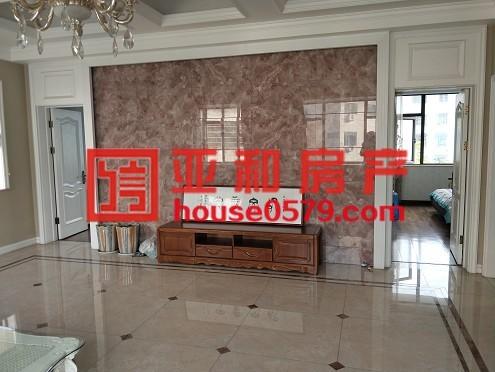 【越阳小区垂直房】占地90.7平精装修  住宅性质已出让