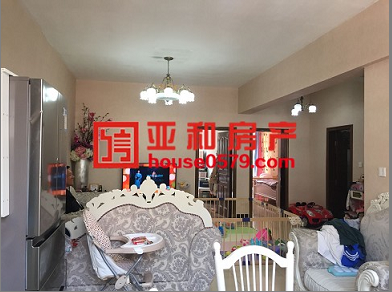 【丹桂苑精装修】108平+33平车库仅售202万 证齐满二