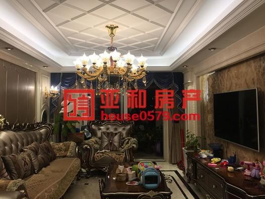 【万达华府】楼王位置高楼层江景房 124平三室全新豪华装修