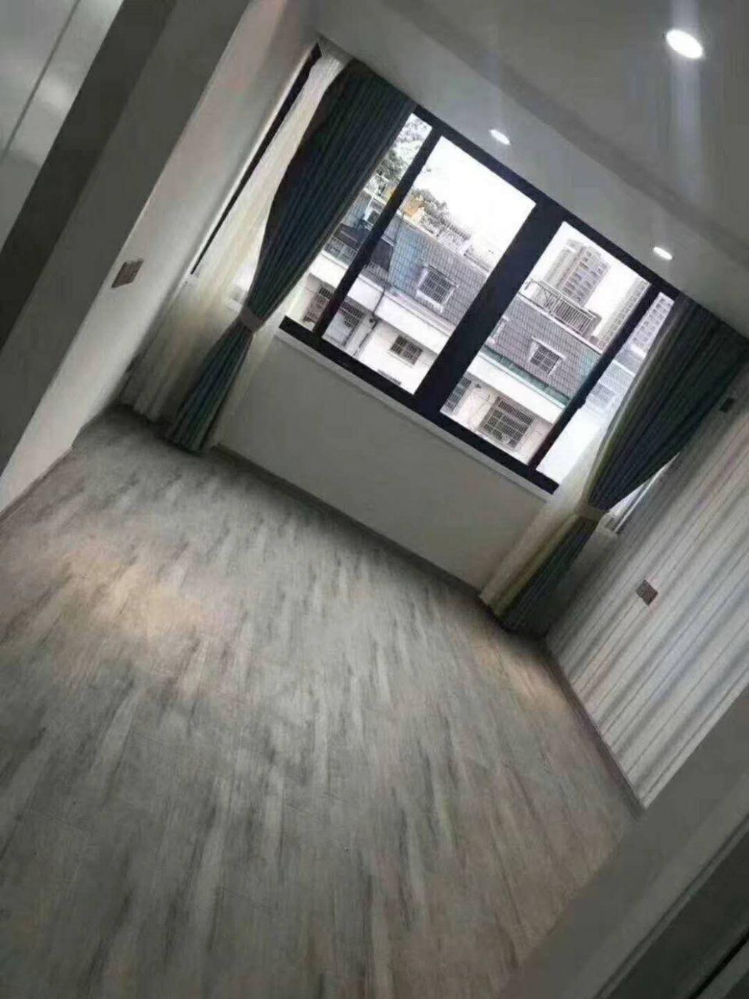 义乌贝村南路万达边上两房一厅新装修未入住,诚卖户型好!