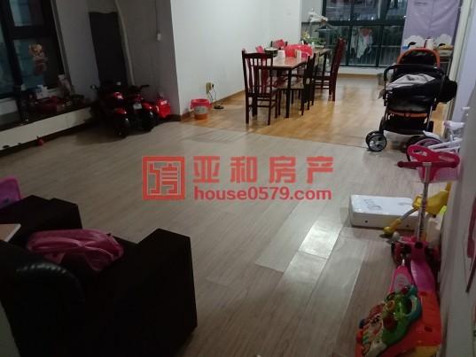 【义乌稠江经济公馆精品房源】产证齐全 带车库 现代化清爽装修