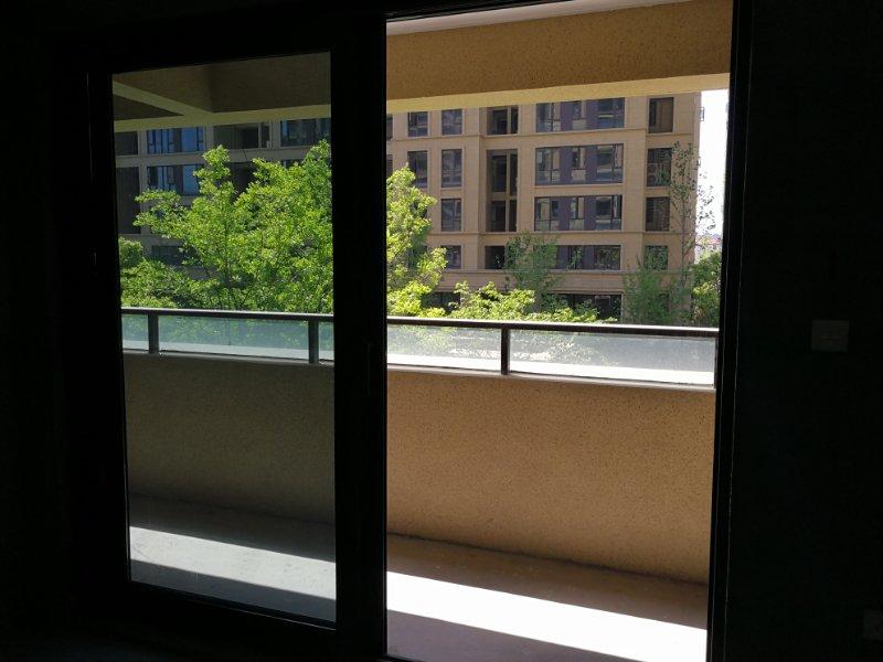 和聚沁园:绿城代建,小区绿化好