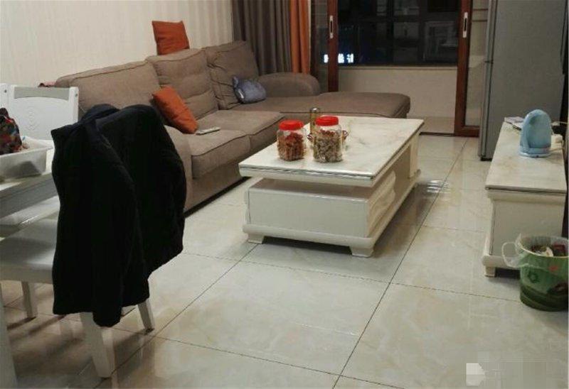 黄杨梅小学 绣湖中学 嘉禾广场73平精装带车库 拎包入住!