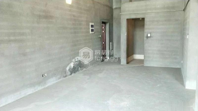 紫荆公寓 稀 缺O户型 顶楼楼中楼 可做六室 赠送车库