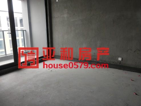 【香溪裕园】确权105平边套户型 个三室毛坯新房 产证齐全