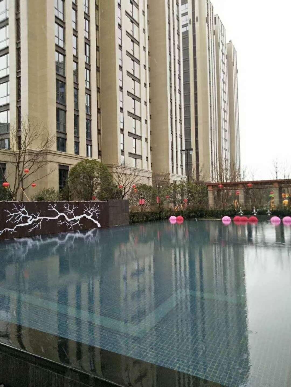 佛堂宝龙广场最便宜的一套房子四房双阳台
