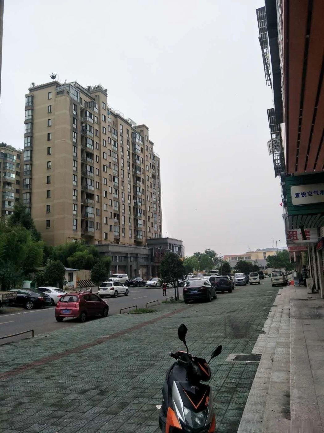 义乌高汇报率店面房柳青路金城一区楼下Huang金地段超便宜