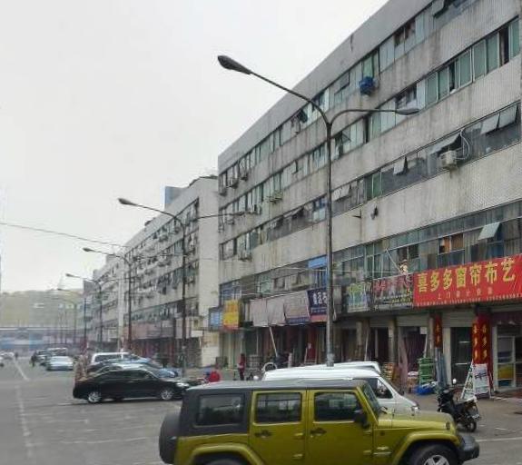 宾王市场垂直房 占地86平 2间5层已出让