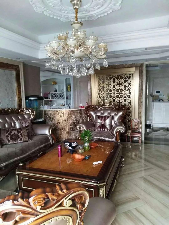 伊美高层景观房、豪华装修、交通非常方便、豪华大气5室!