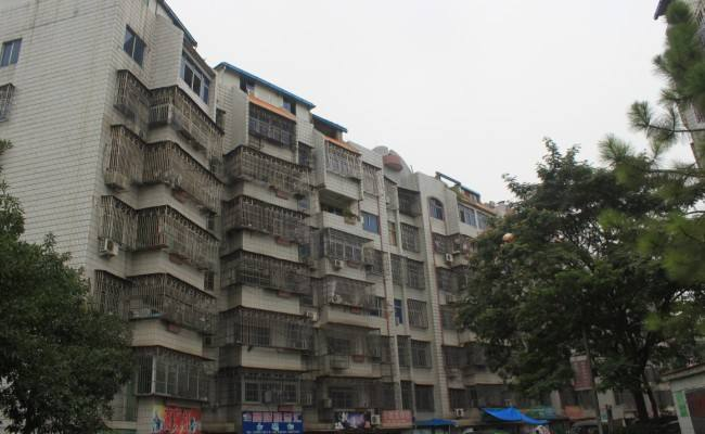 急卖江东新村楼中楼带20平车库已装修品质小区繁华地带诚心出售