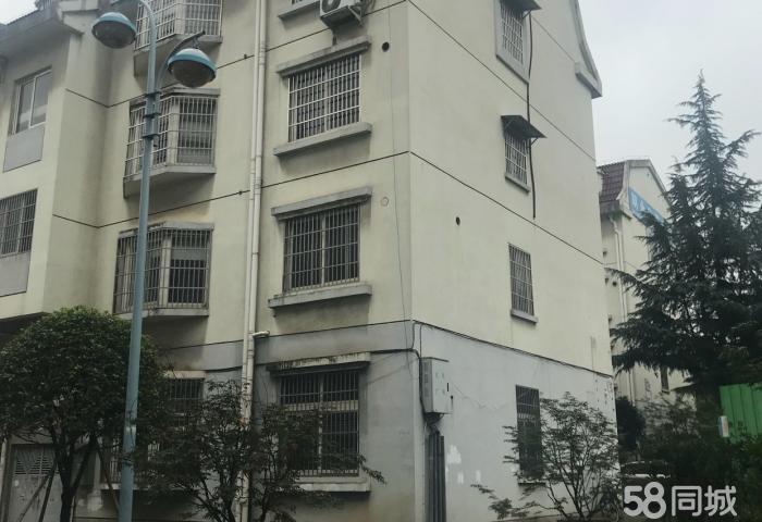 越阳一区垂直楼,6层使用,带露台,带店面,小区中间位置