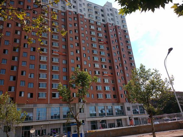 稠城大都置业小面积单身公寓稠城三校宾王中学8月底满两年