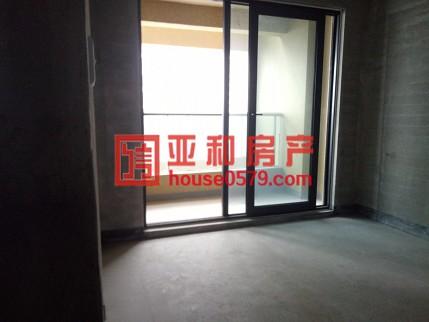 【绿城玫瑰园】小区绿化高 房屋确权117平三室户型 产证齐全