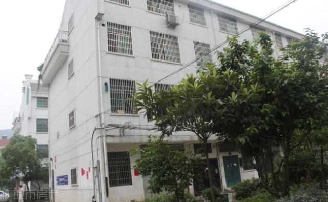 江东江南三区实验小学学区小面积仓库店面两用租金稳定