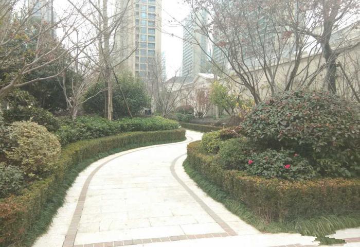 绿城玫瑰园117平高层景观房看房方便车位+储藏室