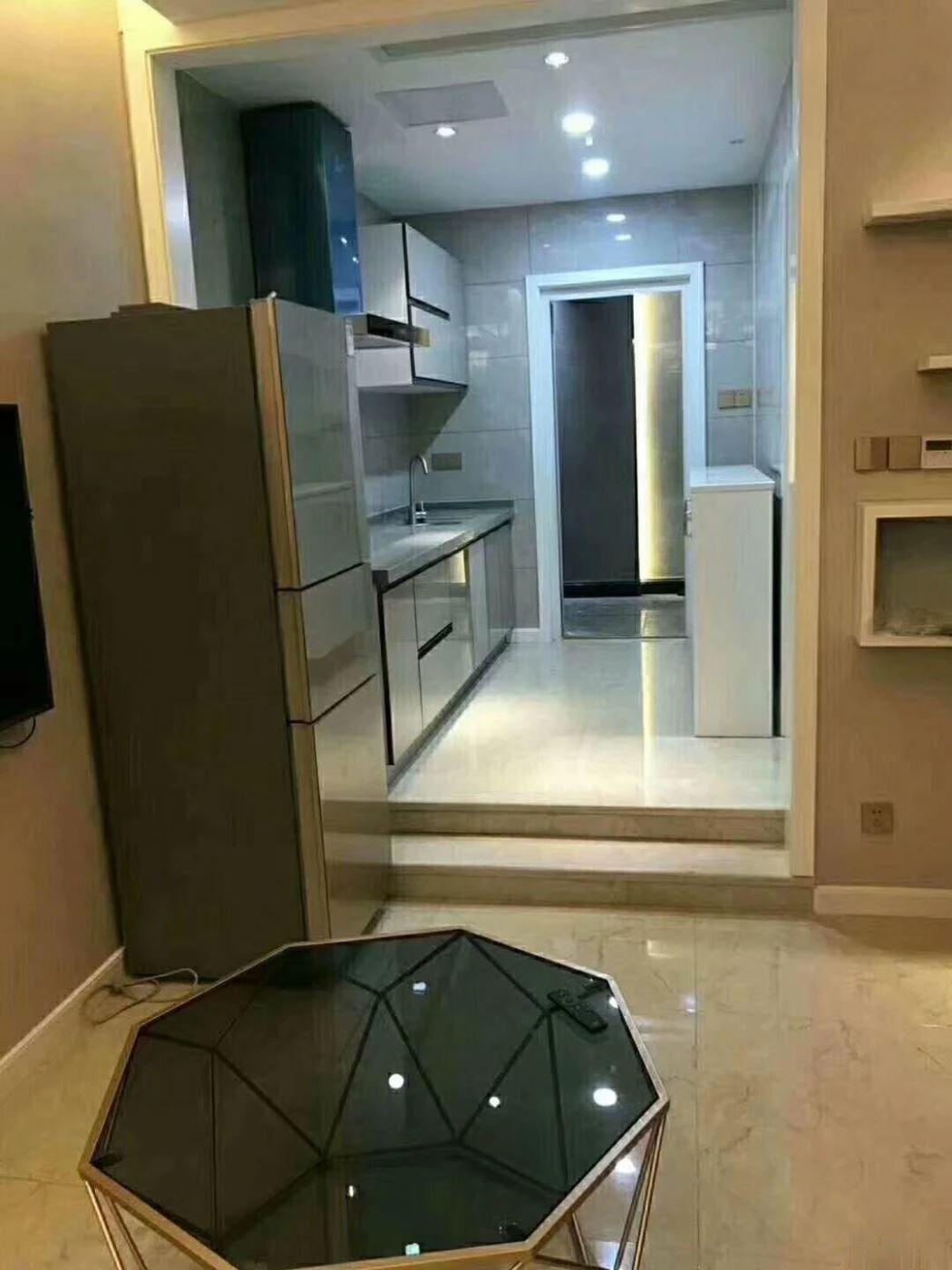 惊爆价!成龙公寓实验小学 小面积 精装修 配套齐全 住宅性质