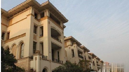 稠江欧景名城 9室9厅9卫 别墅位子好花园150平