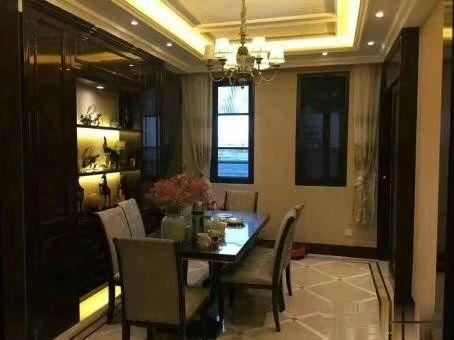 绿城玫瑰园 151平 豪华样板房装修 边套 低于市场价