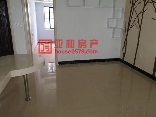 香山小区 128万 2室2厅1卫 精装修,格局好价钱合理