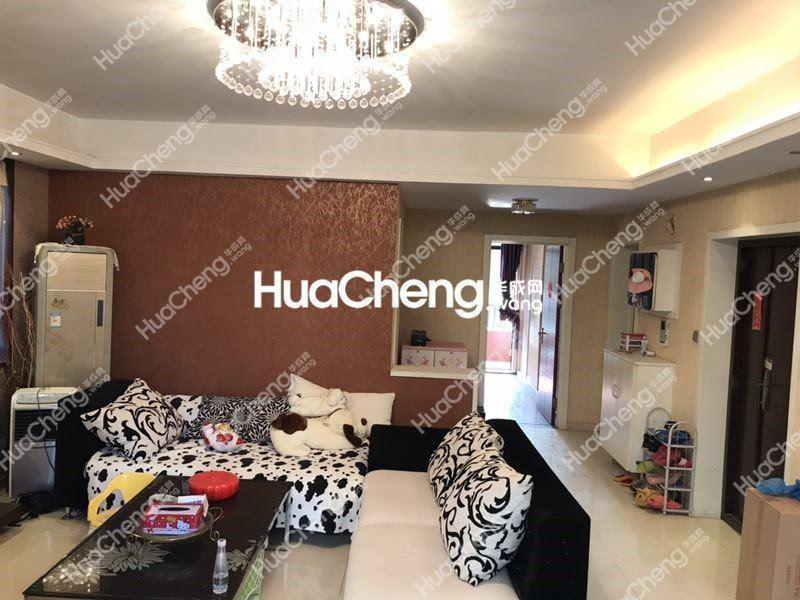 荷塘雅居124平豪华装修带露台,房东诚心出售,好房啊