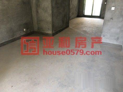 香溪裕园西边套带车位毛坯新房可随意装修140平208万看房有
