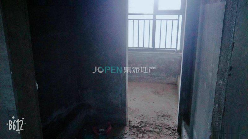 富港花园60平90平自由抽签抽楼层离万达一根烟功夫在造双江湖