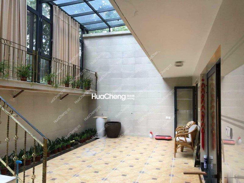 华成专有房源 复式楼中楼 全系精装80W 环绕式花园 阳光房